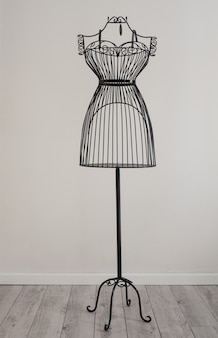 Dressform metallico antico