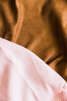 Due diversi tipi di sfondo tessuto tessile