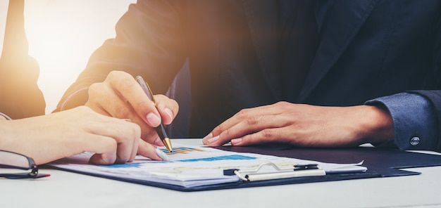 Due organizzazioni spiegano il funzionamento del team aziendale