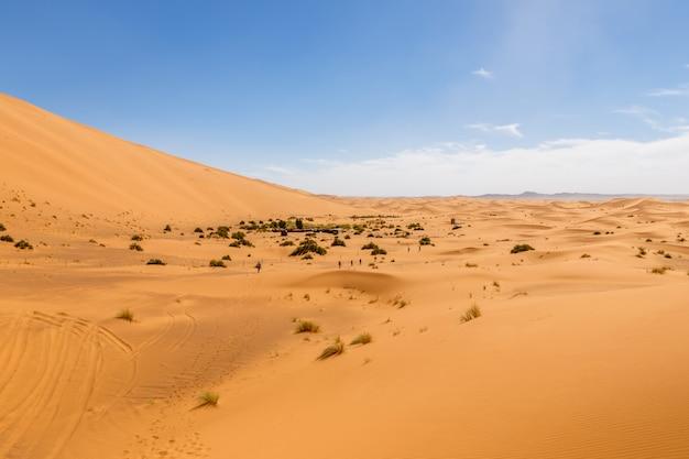 Dune di sabbia nel deserto del sahara, in marocco