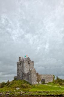 Dunguaire castle hdr immagine