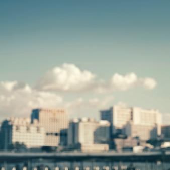 Edifici e skyline sfocati