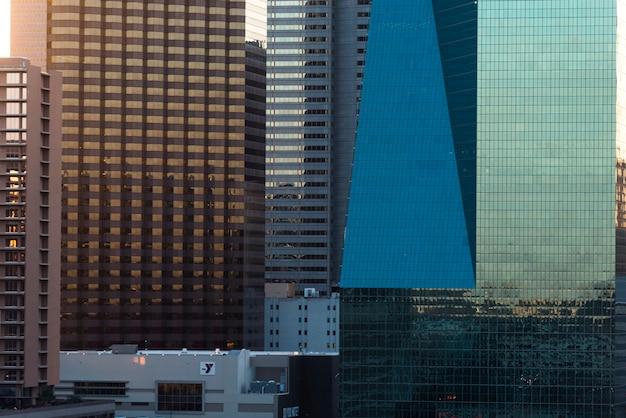 Edifici per uffici moderni, victory park, dallas, il texas, usa