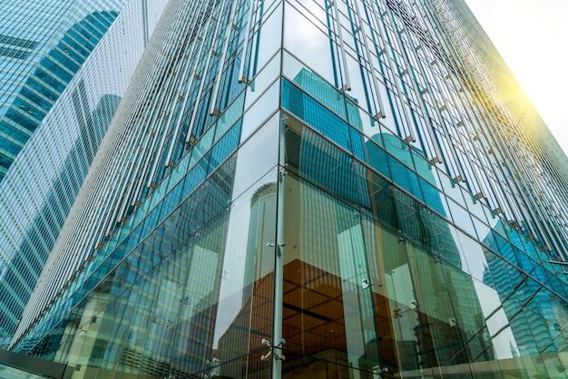 Edificio per uffici architettonico contemporaneo, paesaggio urbano