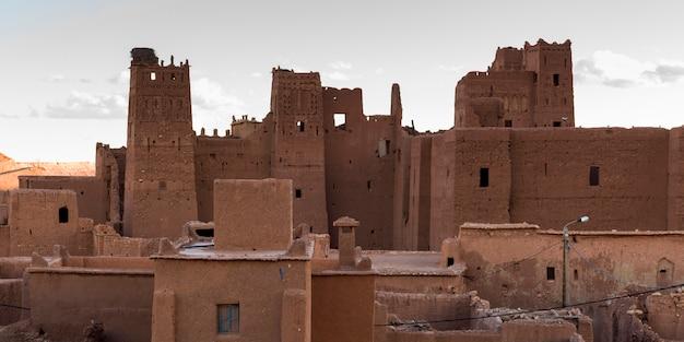 Edificio tradizionale in città, ouarzazate, marocco