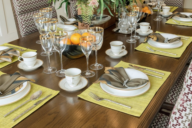 Elegante tavolo in stile moderno sala da pranzo interna