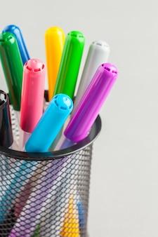 Elementi decorativi colorati