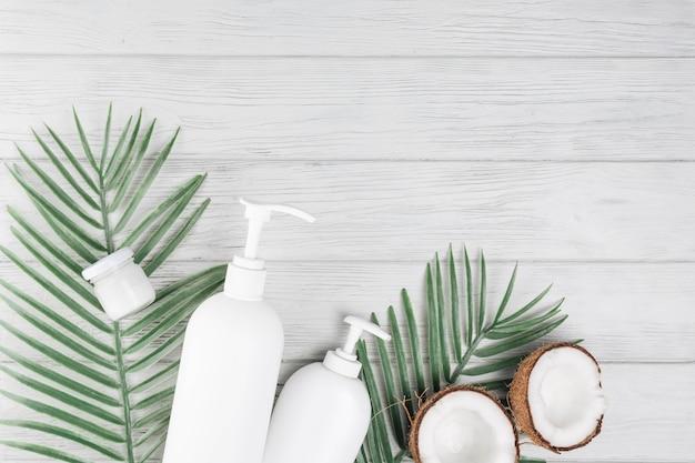 Elementi naturali per spa con beauty cream