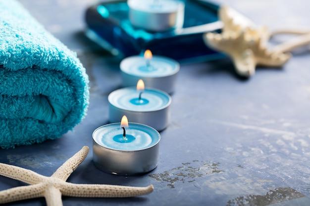 Elementi spa con asciugamano