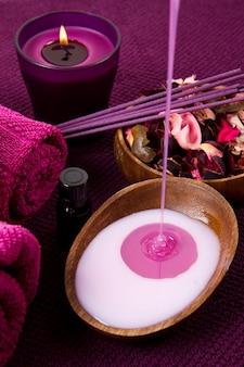 Elementi spa in rosa