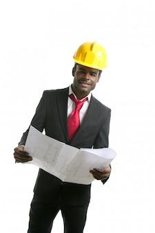 Elmetto protettivo giallo dell'ingegnere dell'architetto afroamericano