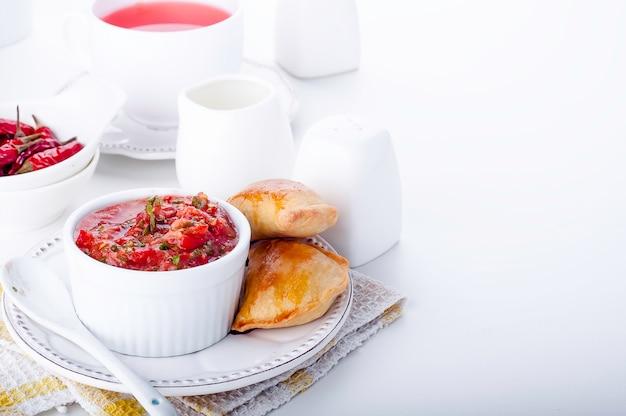 Empanadas con carne macinata