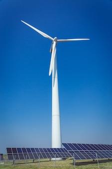 Energia alternativa verde e concetto di ecologia di protezione dell'ambiente