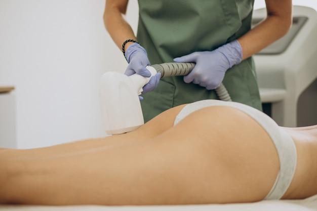 Epilazione laser, terapia di epilazione