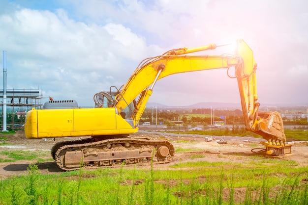 Escavatori simbolo strada costruzione strumenti di lavoro segnali stradali mattone