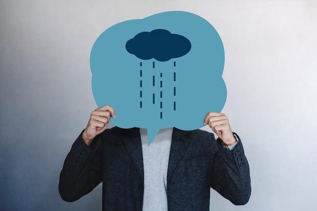 Esperienza del cliente o emotivo umano. uomo che presenta il suo sentimento infelice
