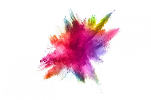 Esplosione di polvere multicolore su sfondo bianco