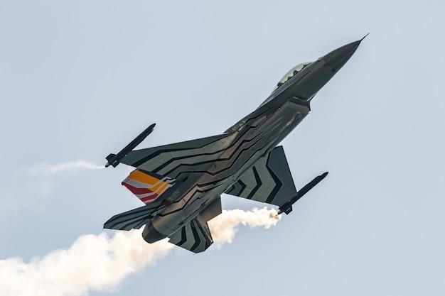 Esposizione personale belga di aeromobili