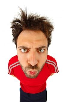 Espressione di wow con t-shirt rossa