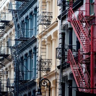 Esterno degli edifici nel distretto di soho a manhattan, new york city, usa