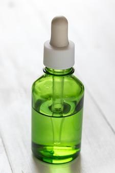 Estratto di lime di vitamina c per trattamenti e rimedi per la pelle, acne e macchie di olio essenziale, prodotti di bellezza naturali e biologici