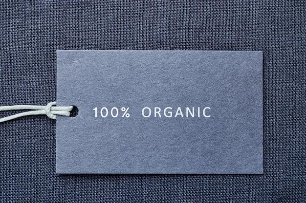 Etichetta su tessuto di lino. 100% materiale organico