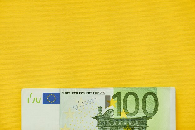 Euro soldi. contanti in euro. banconote in euro