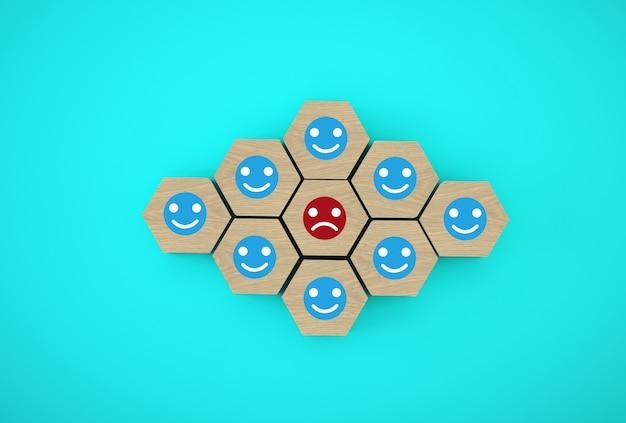 Faccia emozione felicità e tristezza, unico, pensa diversamente. cubi esagonali in legno