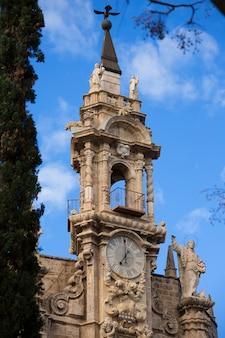 Facciata della chiesa di valencia santos juanes spagna