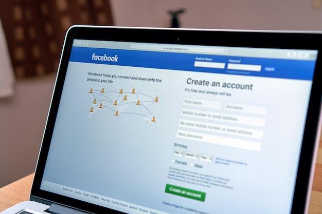 Facebook sul computer portatile