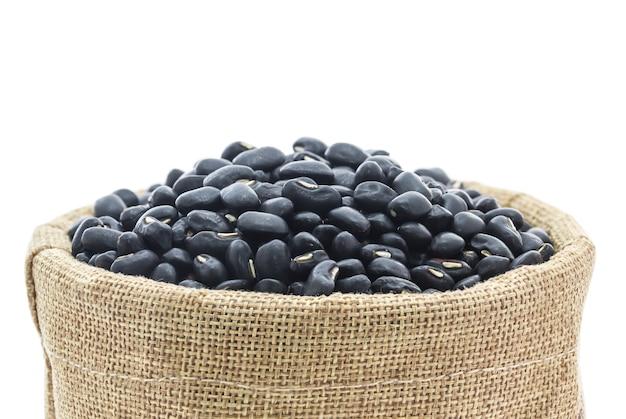 Fagioli neri secchi in foraggio sacchi