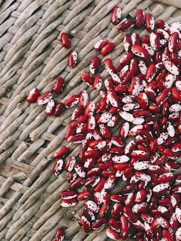 Fagioli rossi e bianchi