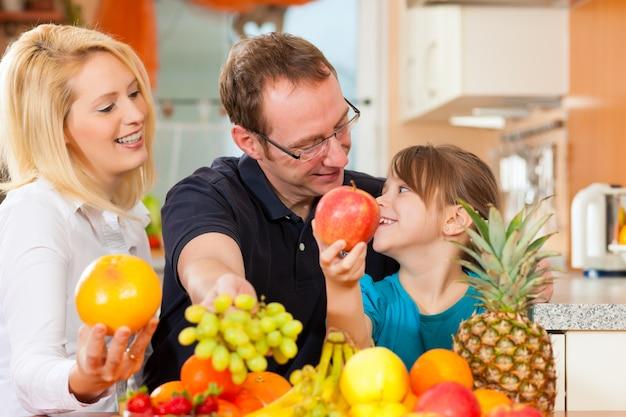 Famiglia e alimentazione sana