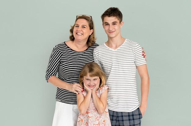 Famiglia genitori espressione espressione sorridente madre
