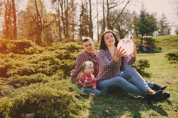 Famiglia in un legno