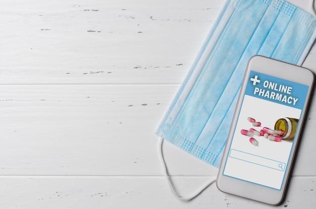 Farmacia online. applicazione su smartphone per l'ordinazione online di medicinali