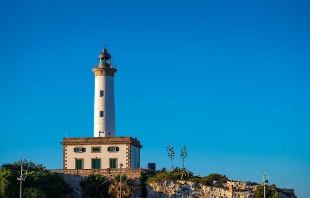 Faro di ibiza botafoc nel porto di eivissa