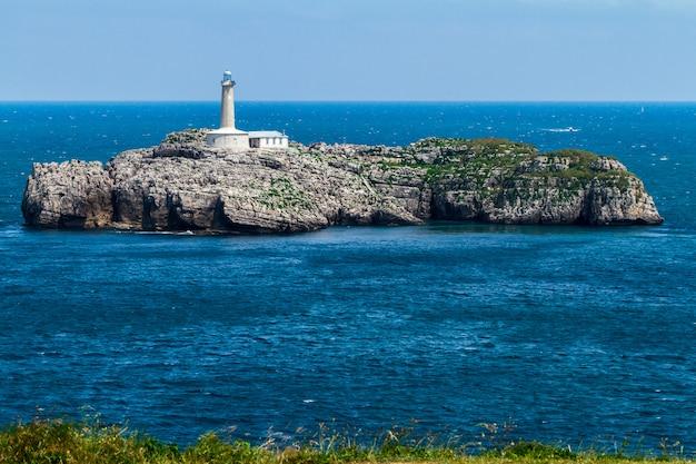 Faro nell'isola di mouro