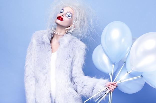 Fashin clown. volto di bellezza.