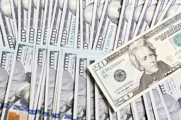 Fattura del dollaro sulle banconote del dollaro vista dall'alto del concetto di affari