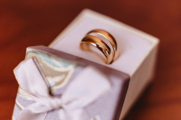 Fedi nuziali, celebrazioni di nozze e accessori e decorazioni