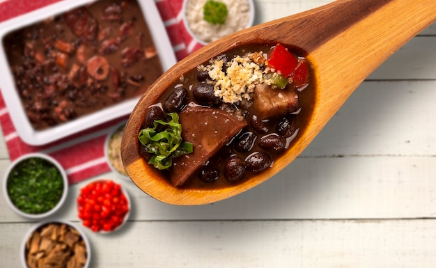 Feijoada brasiliano cibo. vista dall'alto