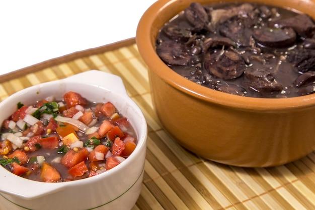 Feijoada cibo tradizionale brasiliano
