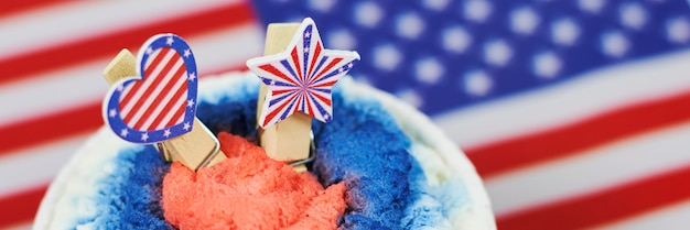 Felice giorno dell'indipendenza. festeggiamo il 4 luglio