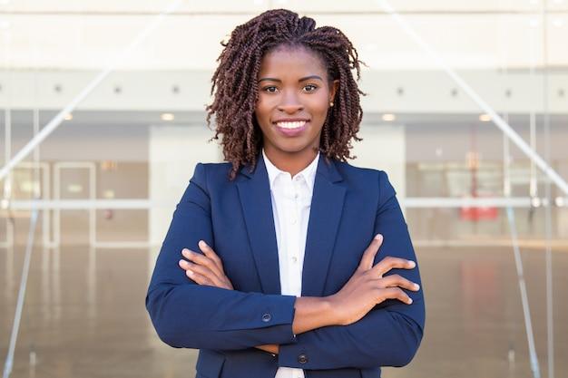Felice leader aziendale di successo