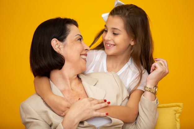 Felice madre e figlia