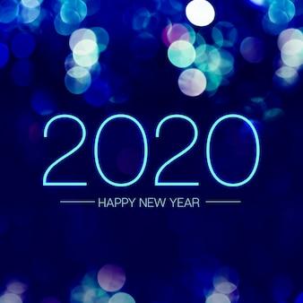 Felice nuovo anno 2020 con luce blu bokeh scintillante su sfondo viola blu scuro,