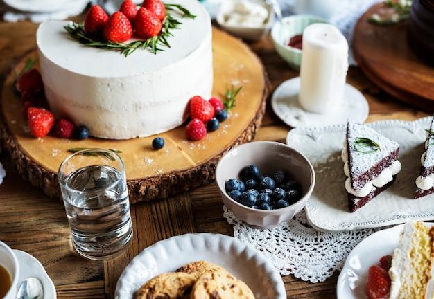 Felicità di dolci da forno di celebrazione di cerimonia