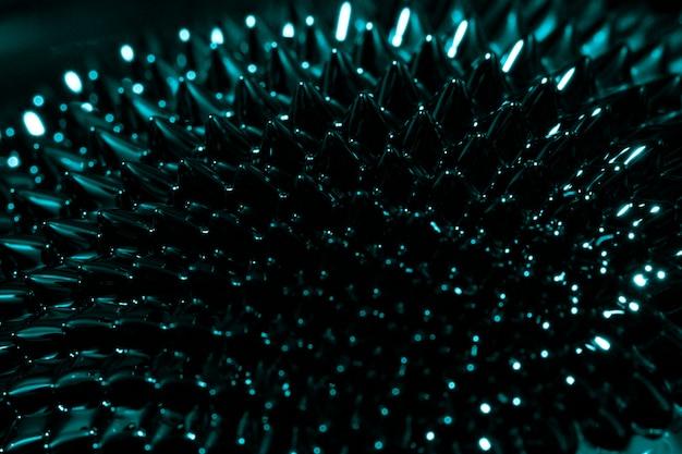 Fenomeno del magnete al neodimio blu