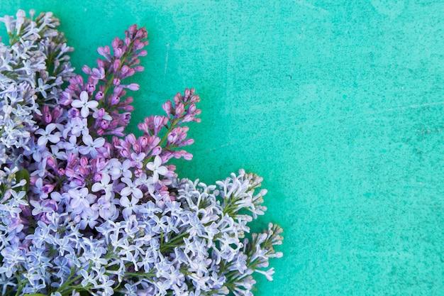 Festa della mamma sfondo viola e turchese